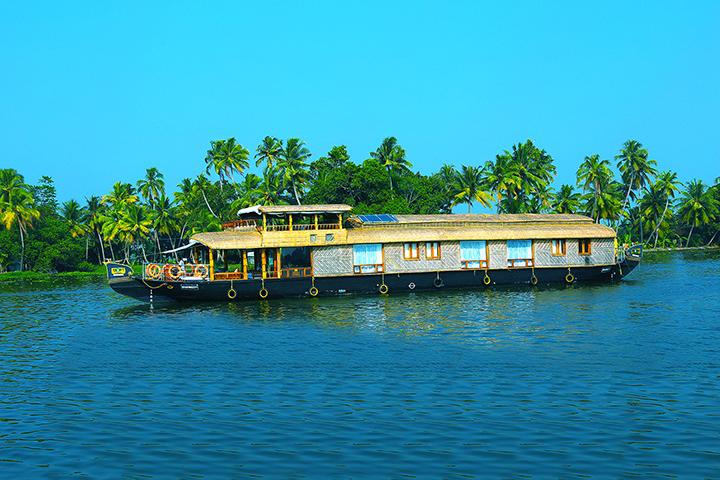 Luxury houseboat